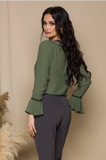 Bluza Miruna kaki accesorizata cu volanase si snur negru