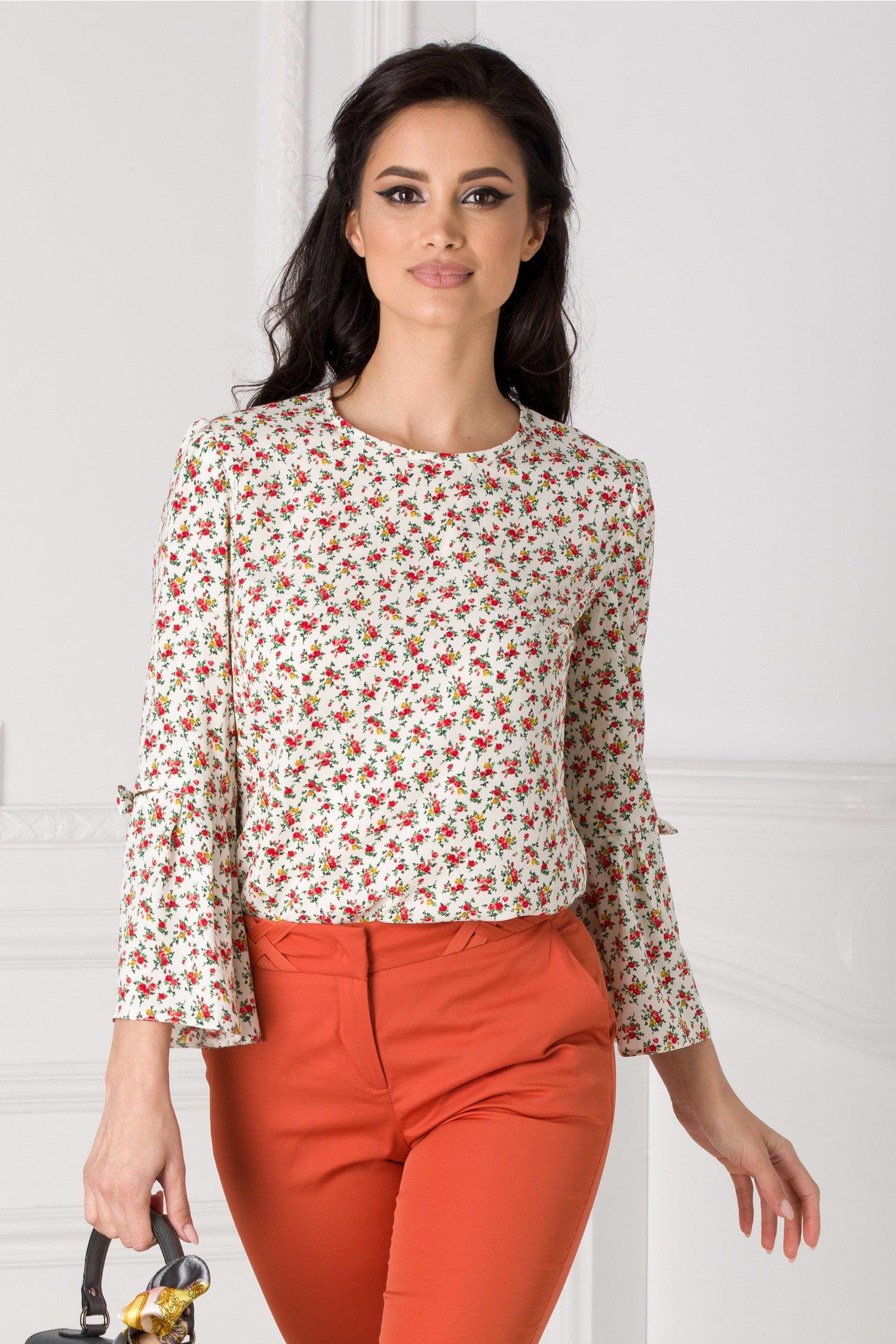Bluza Moze alba cu imprimeu floral si fundite la maneci