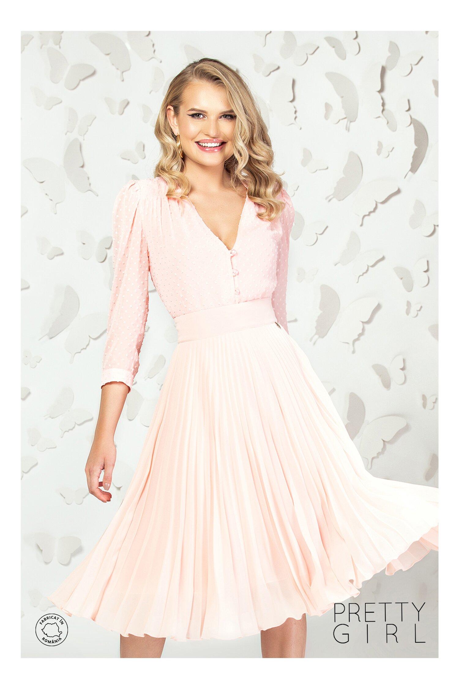 Bluza Pretty Girl roz somon din voal cu aplicatii tip plumeti