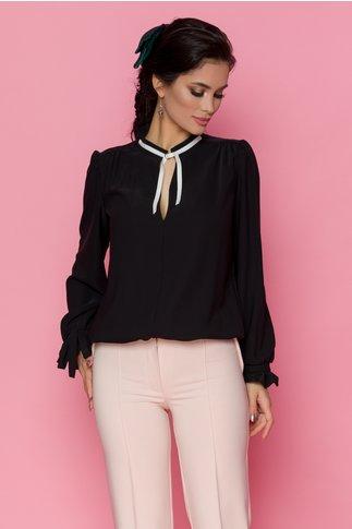 Bluza Roxen neagra cu funda la guler