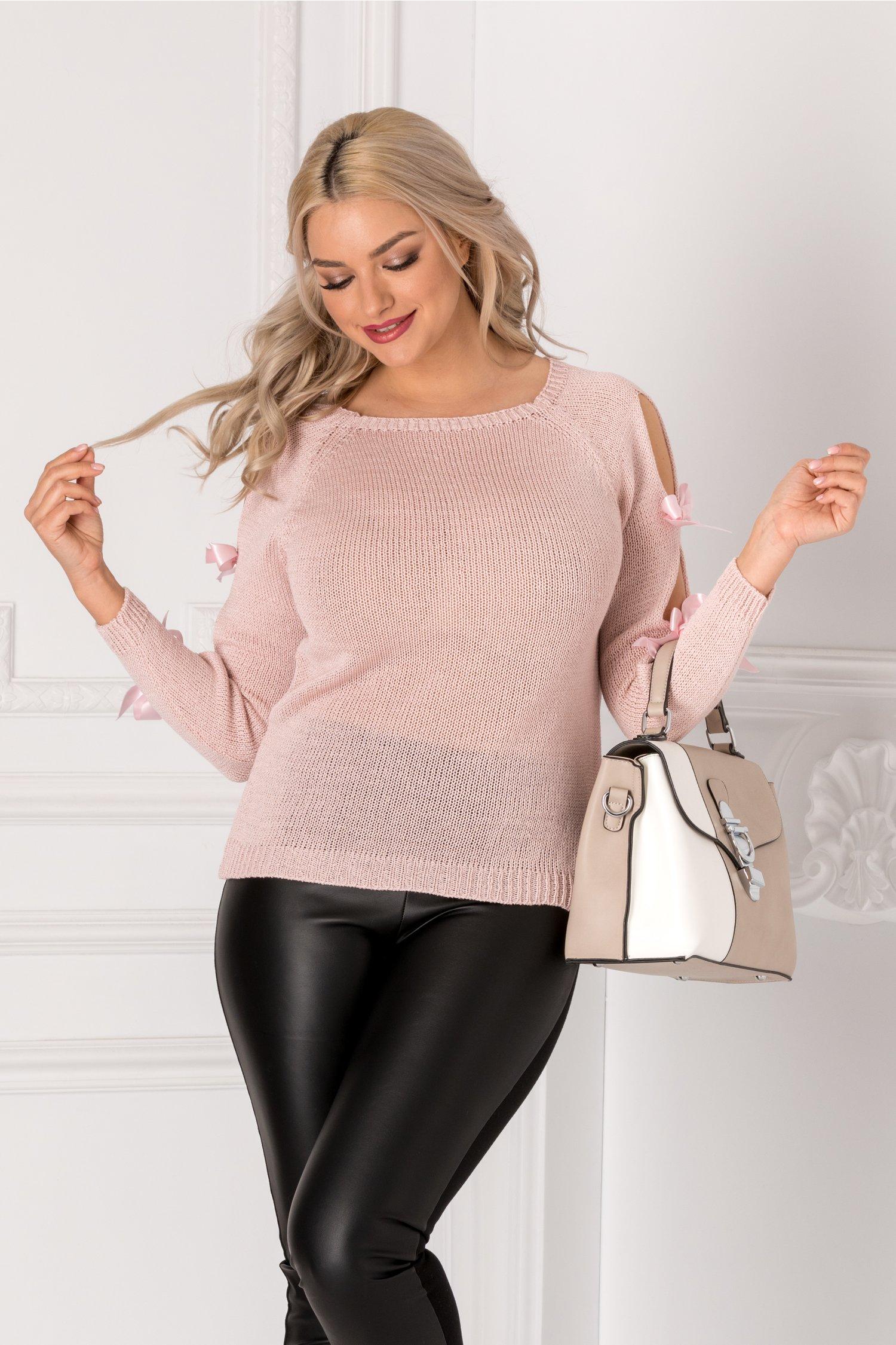 Bluza roz pal cu fundite la maneci