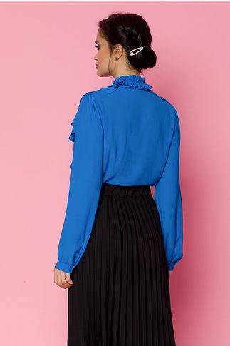 Bluza Ryna albastra cu volane in zona bustului si cordon la gat