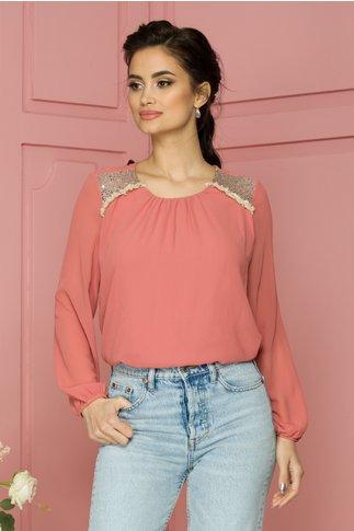 Bluza Tarra roz din voal cu paiete si franjuri la umeri