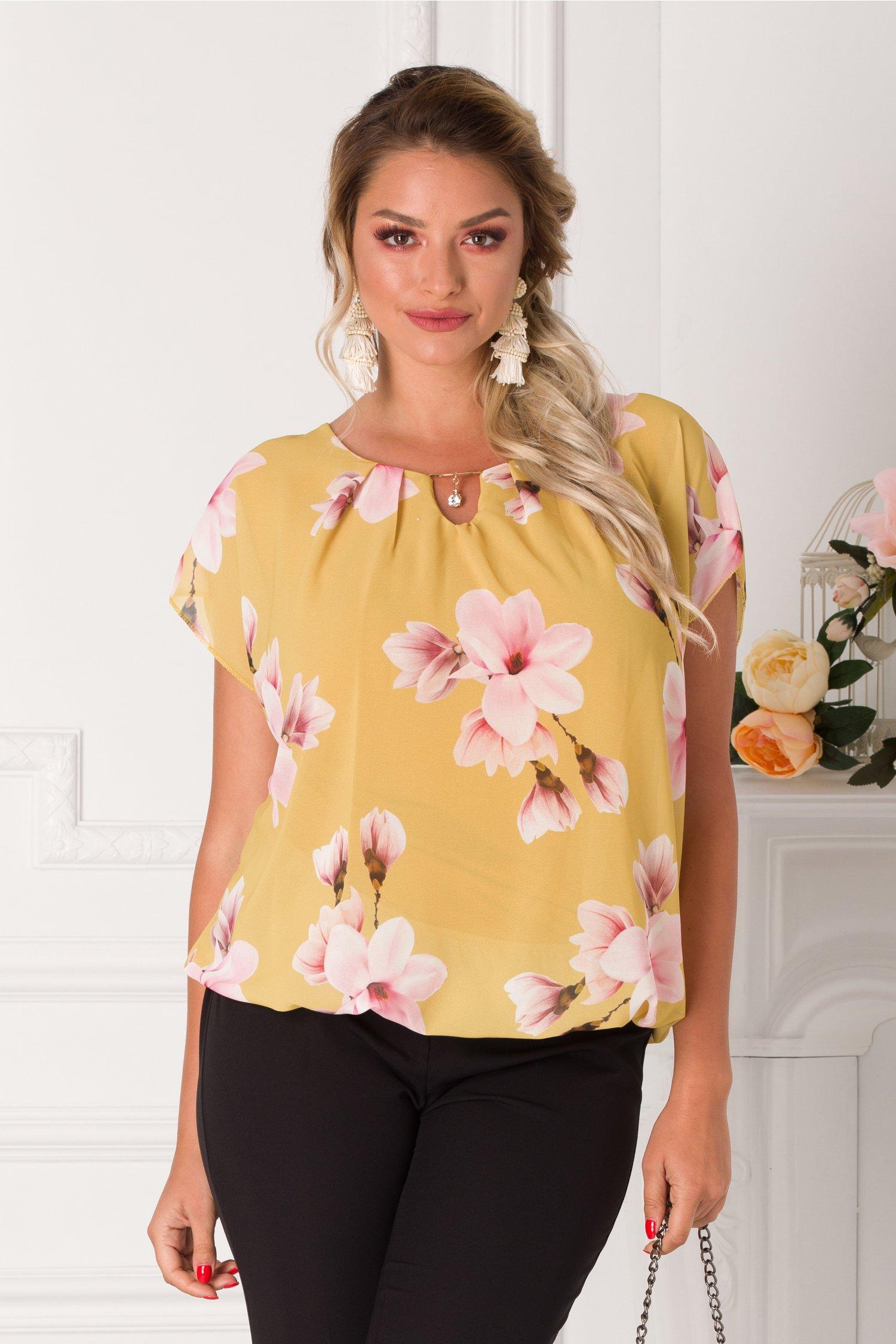 Bluza Taylor galbena lejera cu imprimeuri florale roz