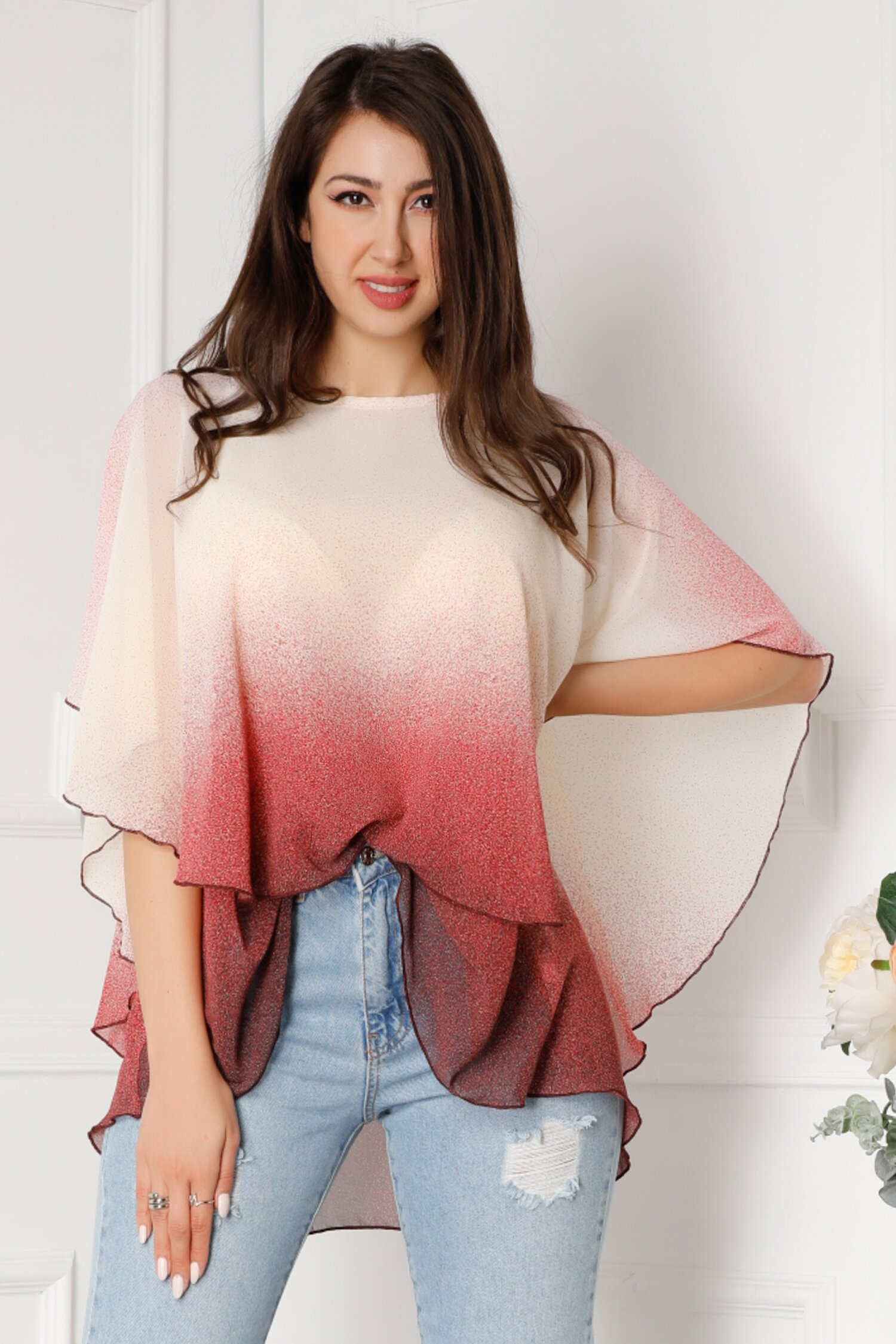 Bluza Tori vaporoasa de vara cu bulinute rosii