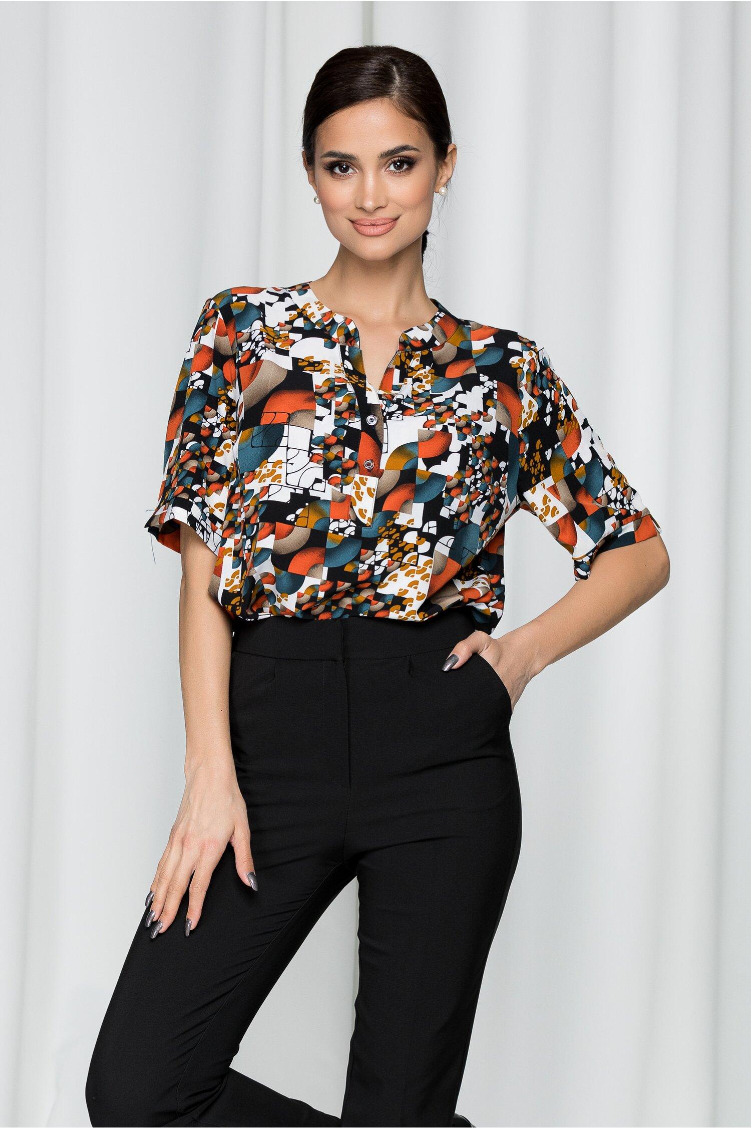 Bluza Vanessa alba cu imprimeuri caramizii si curea in talie