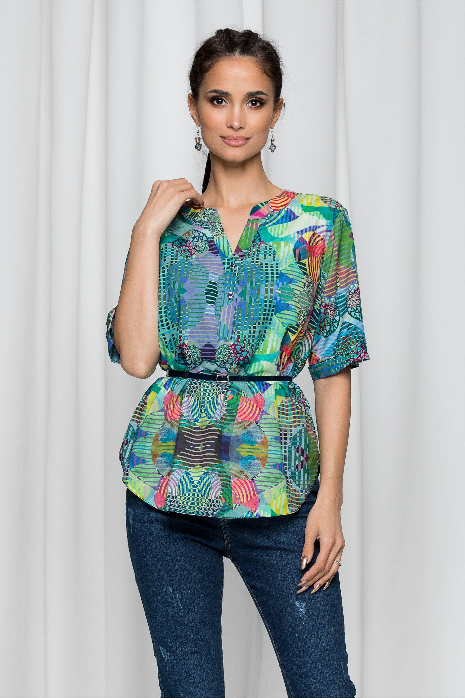 Bluza Vanessa verde cu imprimeu multicolor si curea in talie