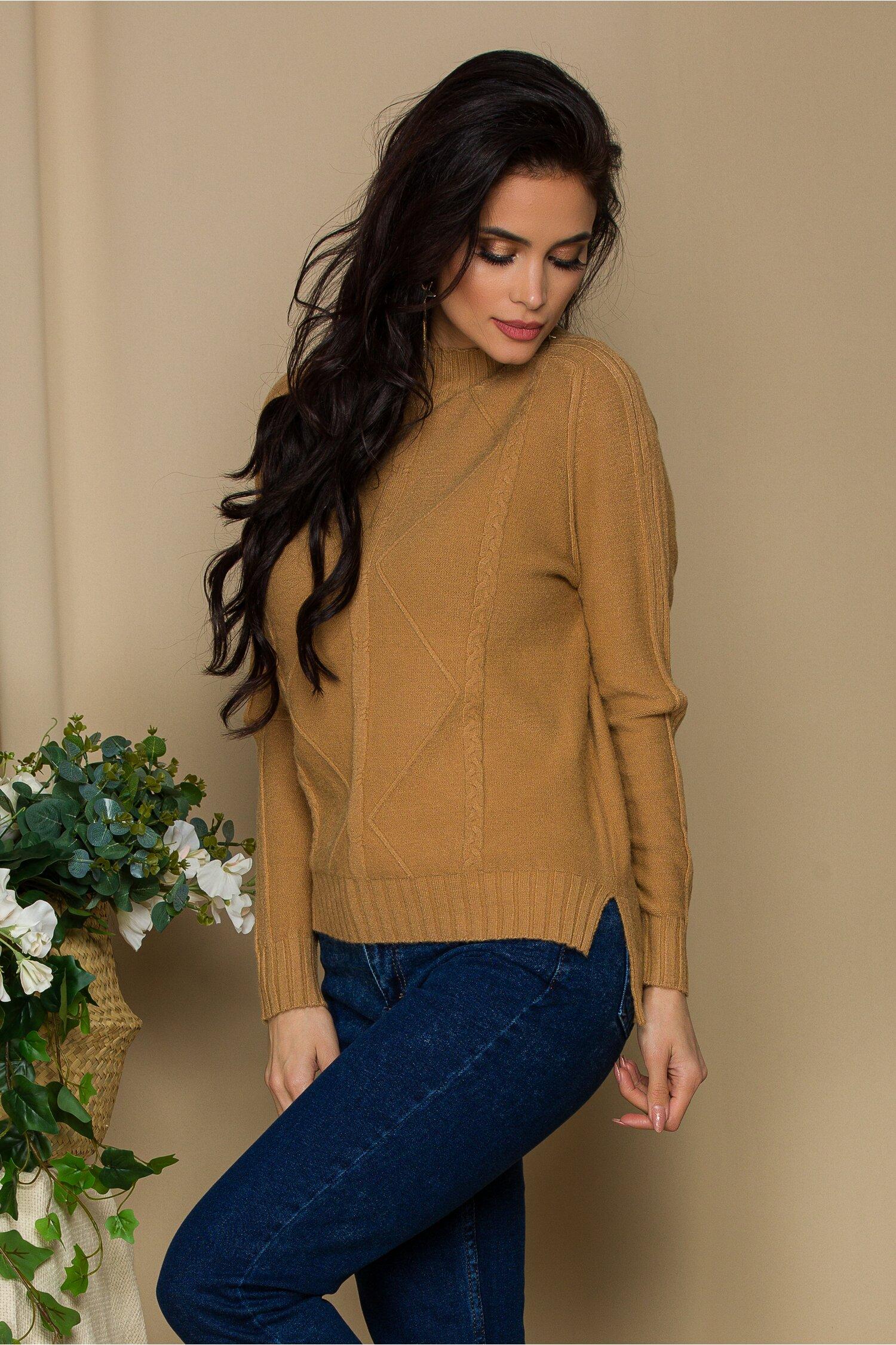 Bluza Vera camel din tricot cu model geometric