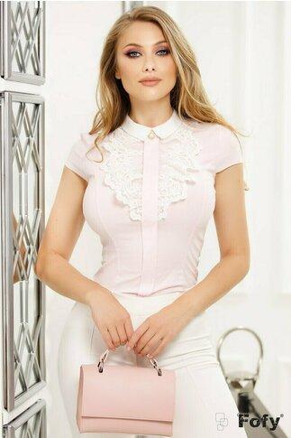 Camasa Fofy din bumbac roz cu dungulite albe si jabou dantelat cu perla