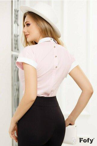 Camasa Fofy roz lejera cu dungulite discrete si brosa navy