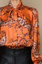 Camasa LaDonna orange cu imprimeu floral si guler tip esarfa