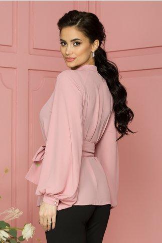 Camasa Pamy roz pudrat cu nasturi perlati si cordon detasabil
