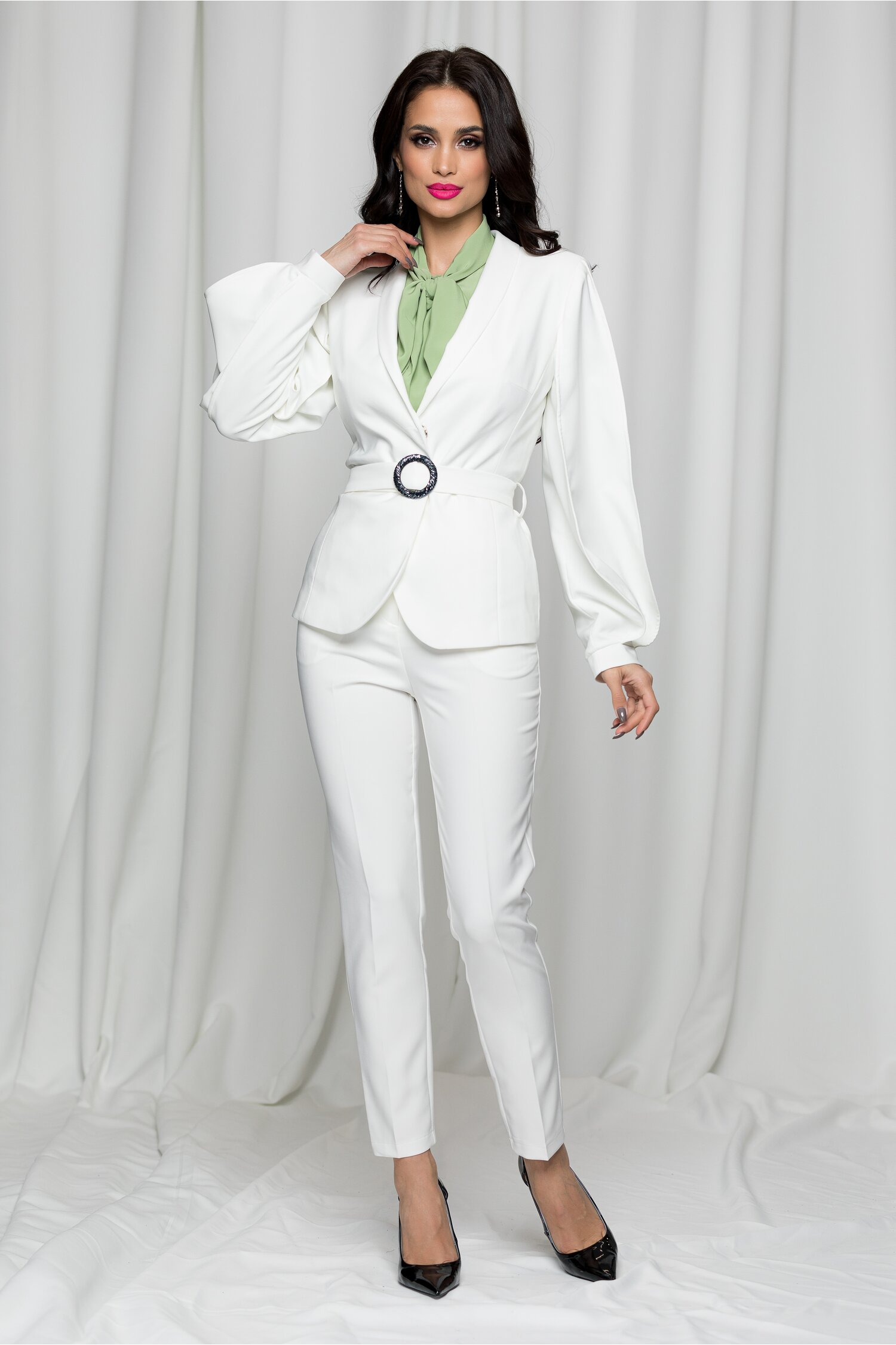 Compleu LaDonna by Catalin Botezatu alb cu sacou si pantaloni