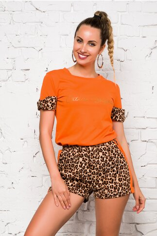 Compleu LaDonna by Catalin Botezatu cu tricou orange si pantaloni scurti animal print