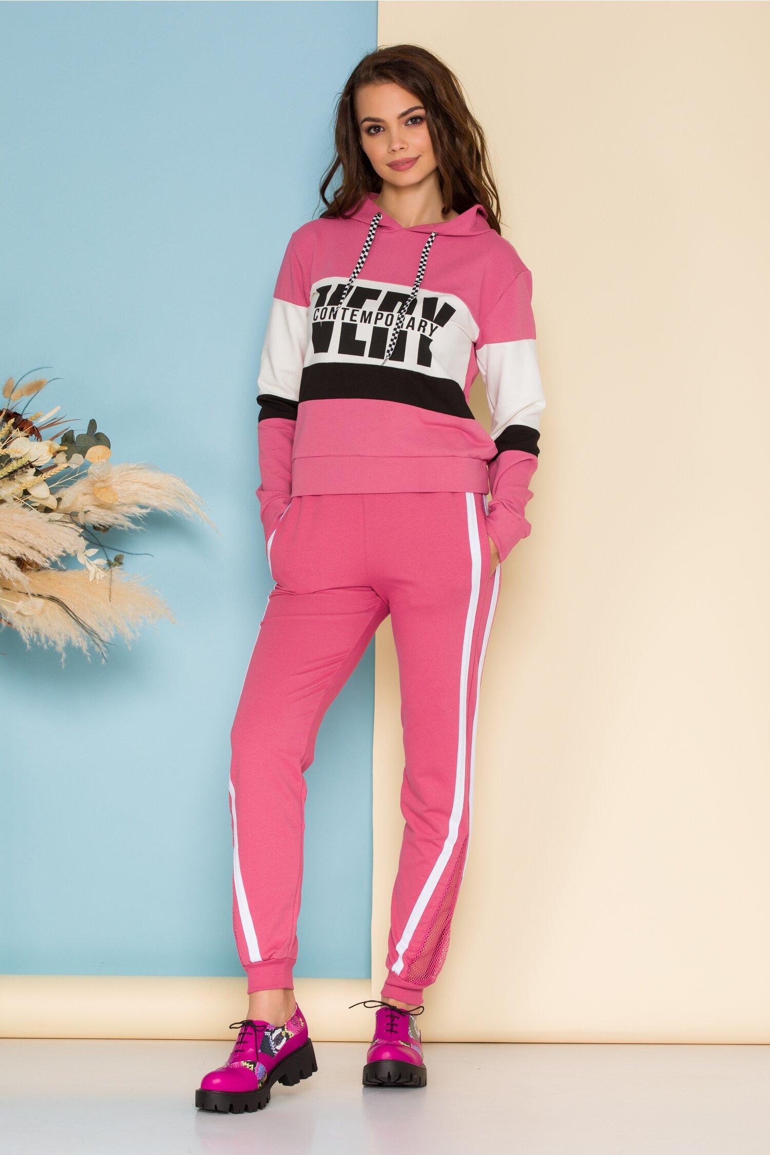 Compleu sport Contemporary roz cu alb