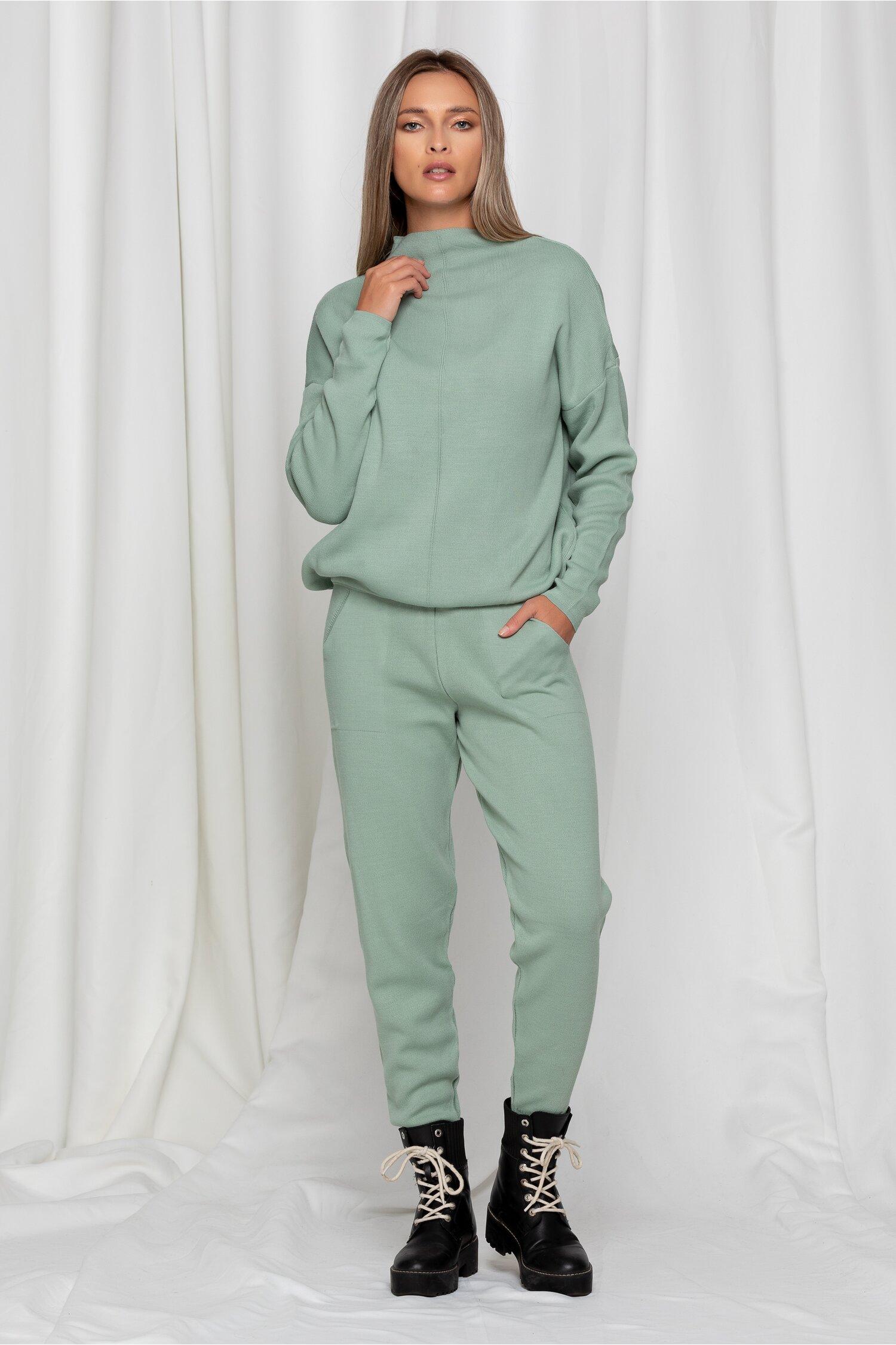 Compleu sport Dara verde mint din tricot