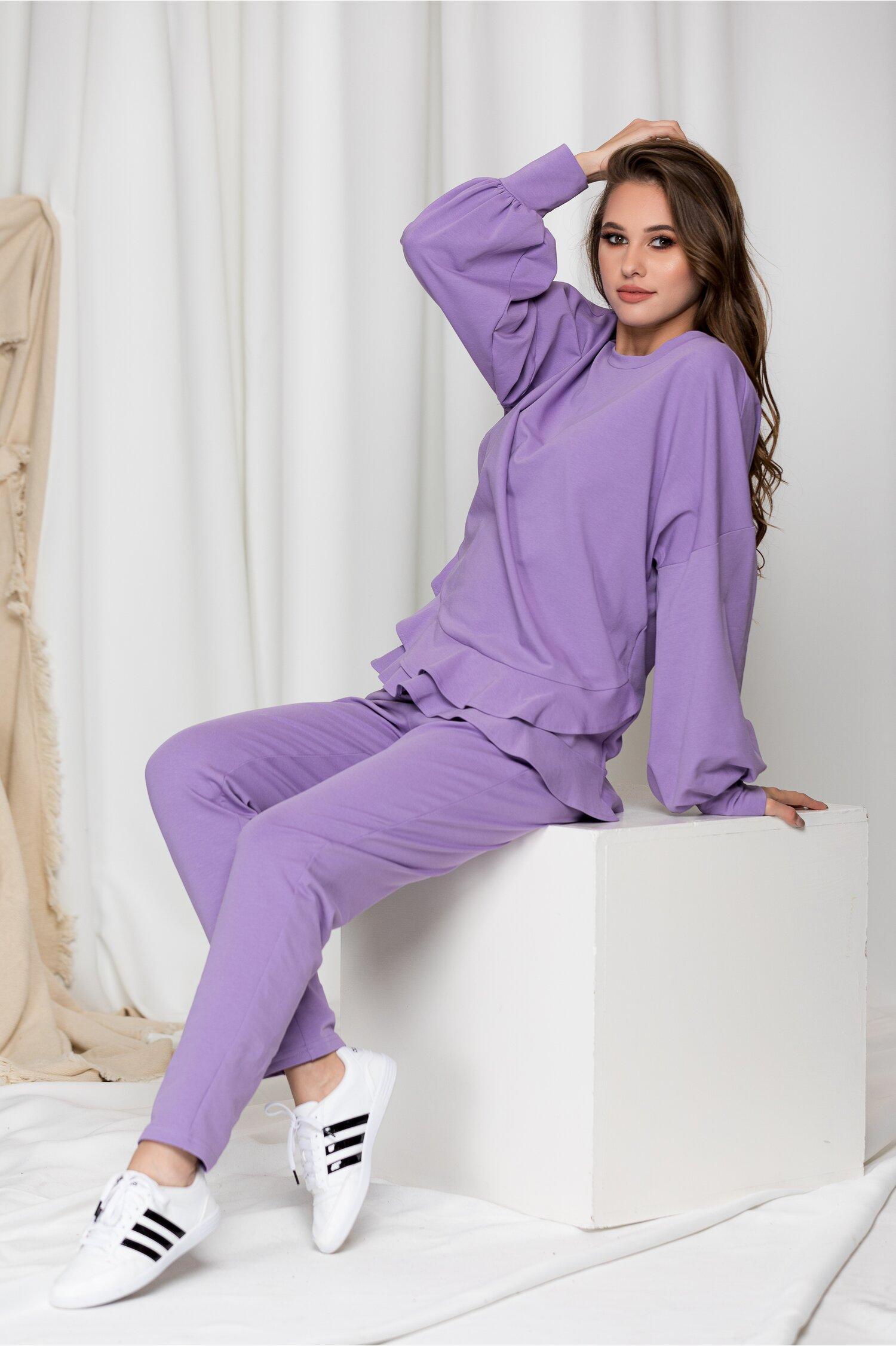 Compleu sport LaDonna lila cu volanase pe bluza