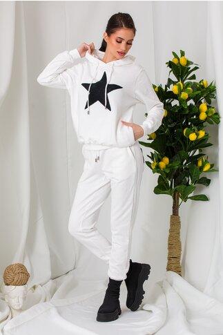Compleu sport Star alb cu aplicatie neagra