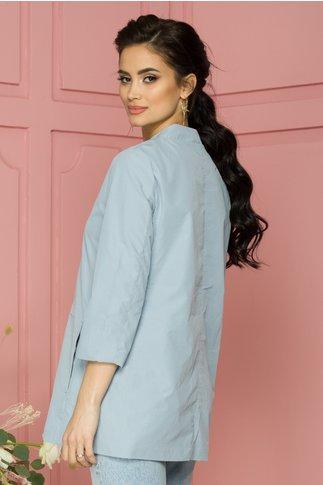 Jacheta Mally bleu lejera cu guler tip tunica si inchidere prin capse