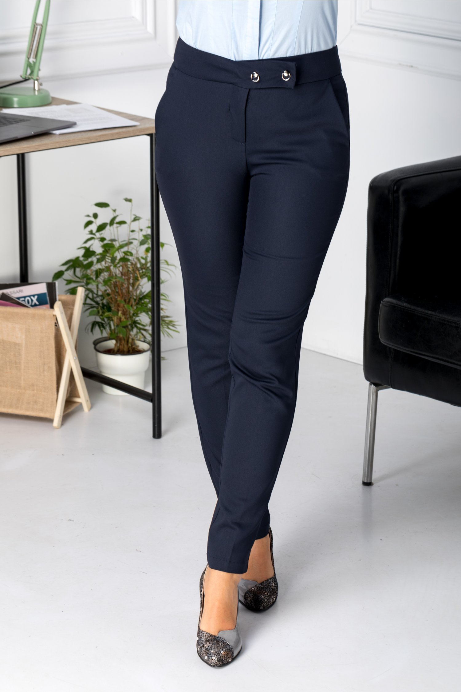 Pantaloni Ambra office bleumarin