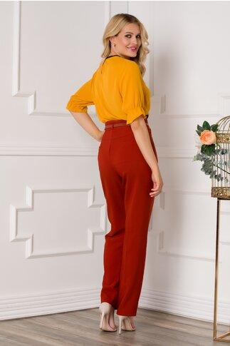 Pantaloni Bricky caramizii cu centura in talie
