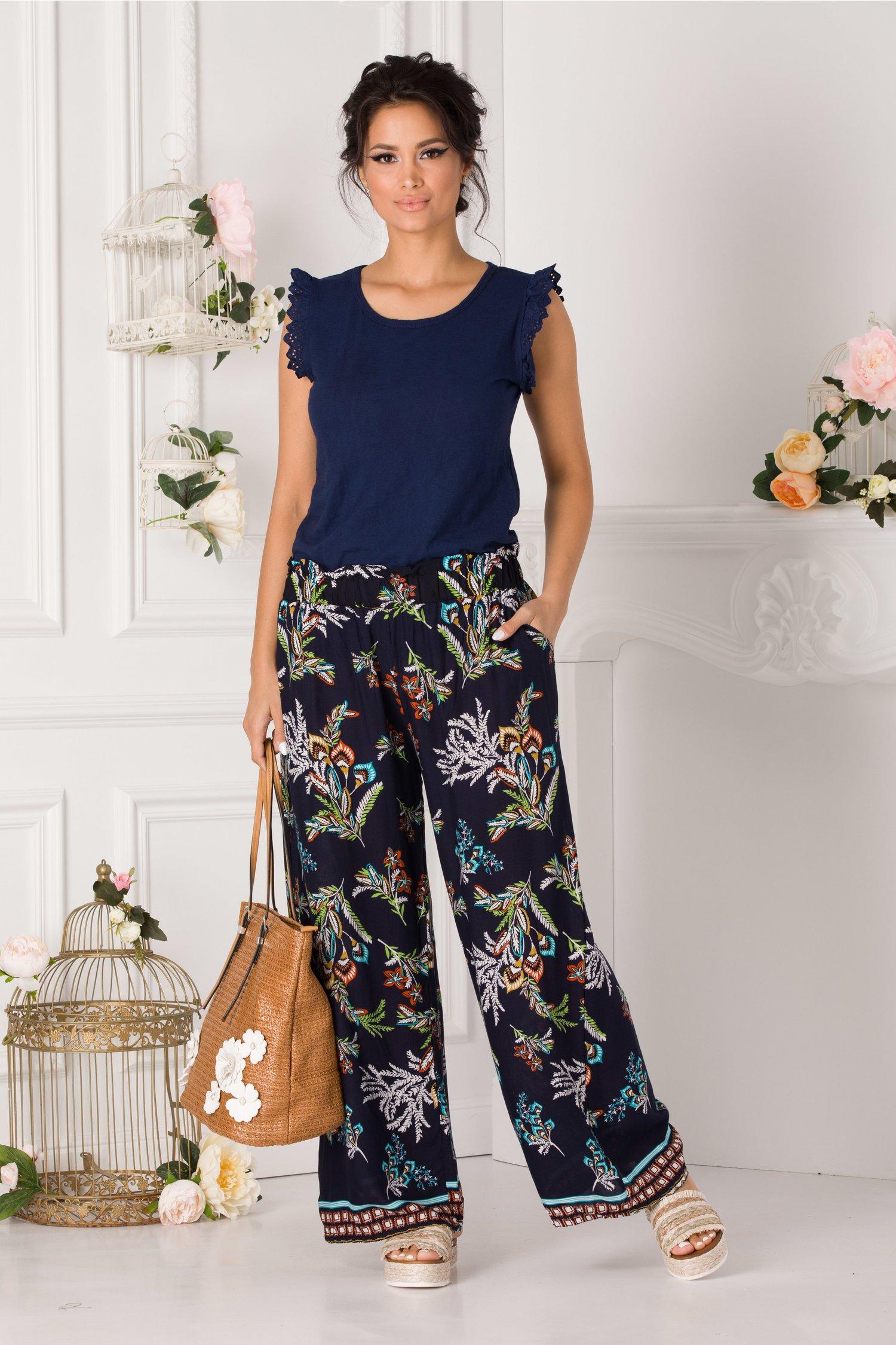 Pantaloni Debby bleumarin vaporosi cu imprimeu divers