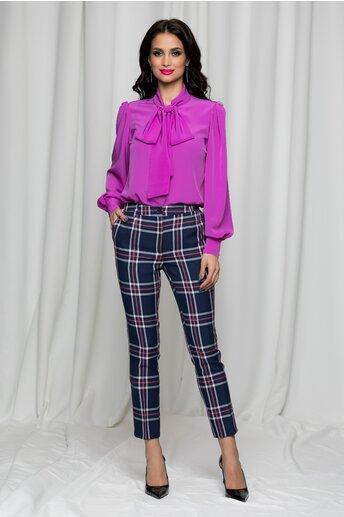 Pantaloni Erika bleumarin in carouri cu betelie dubla si buzunare laterale