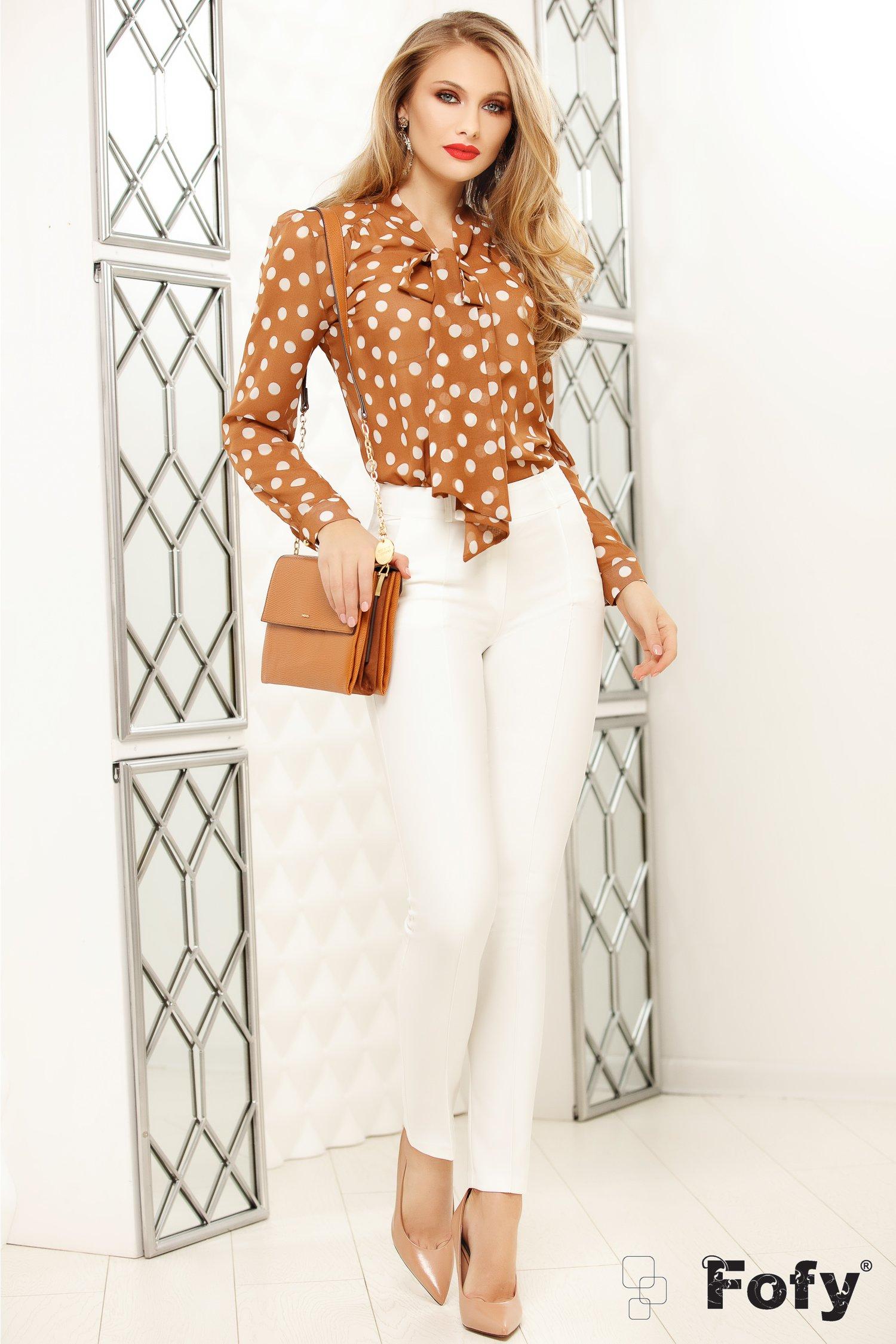 Pantaloni Fofy albi office cu design cu dunga