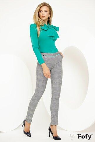 Pantaloni Fofy office conici cu imprimeu pepit in nuante neutre si detaliu turcoaz
