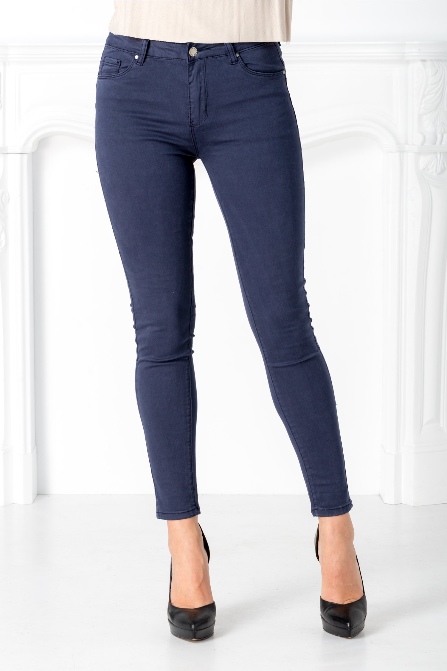 Pantaloni Mali bleumarin