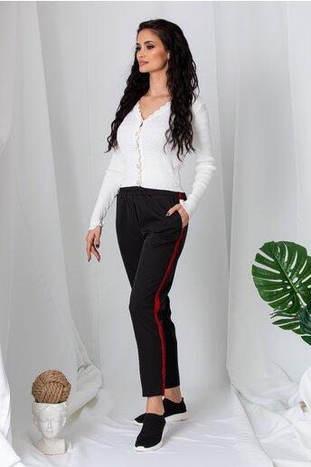 Pantaloni negri cu elastic in talie si lampas rosu din catifea