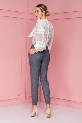Pantaloni Nety maro cu carouri si elastic la baza