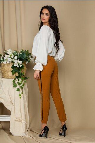 Pantaloni Pretty Girl maro cu dungi pe lateral