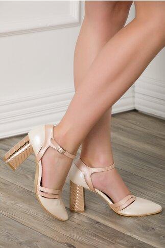 Pantofi albi cu roz perlat si toc gros cu imprimeu in dungi aurii