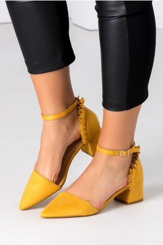 Pantofi Alegra galben mustar cu volanase la spate
