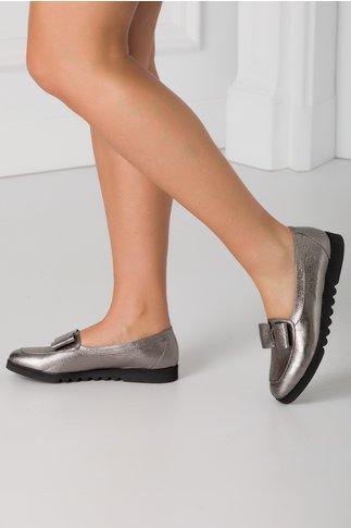 Pantofi argintii cu sidef si funda