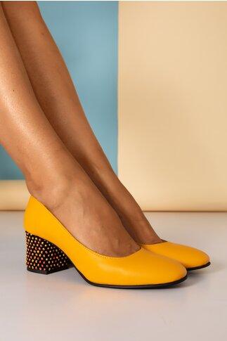 Pantofi Aron galben office cu toc jos si buline 3D