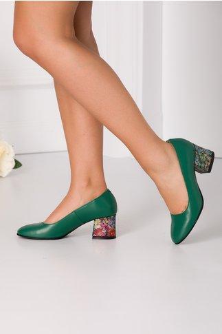 Pantofi Aron verzi cu toc imprimat