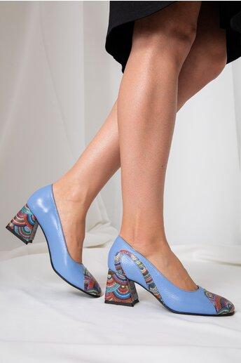 Pantofi bleu cu imprimeuri multicolore