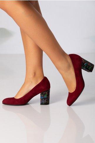 Pantofi bordo cu insertii florale pe toc