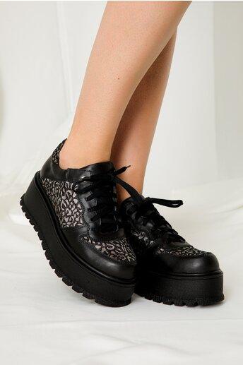 Pantofi casual negri cu insertii argintii