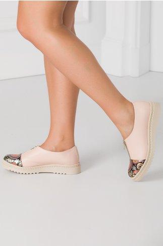 Pantofi Cezara bej rose cu imprimeu in fata si inchidere cu fermoar