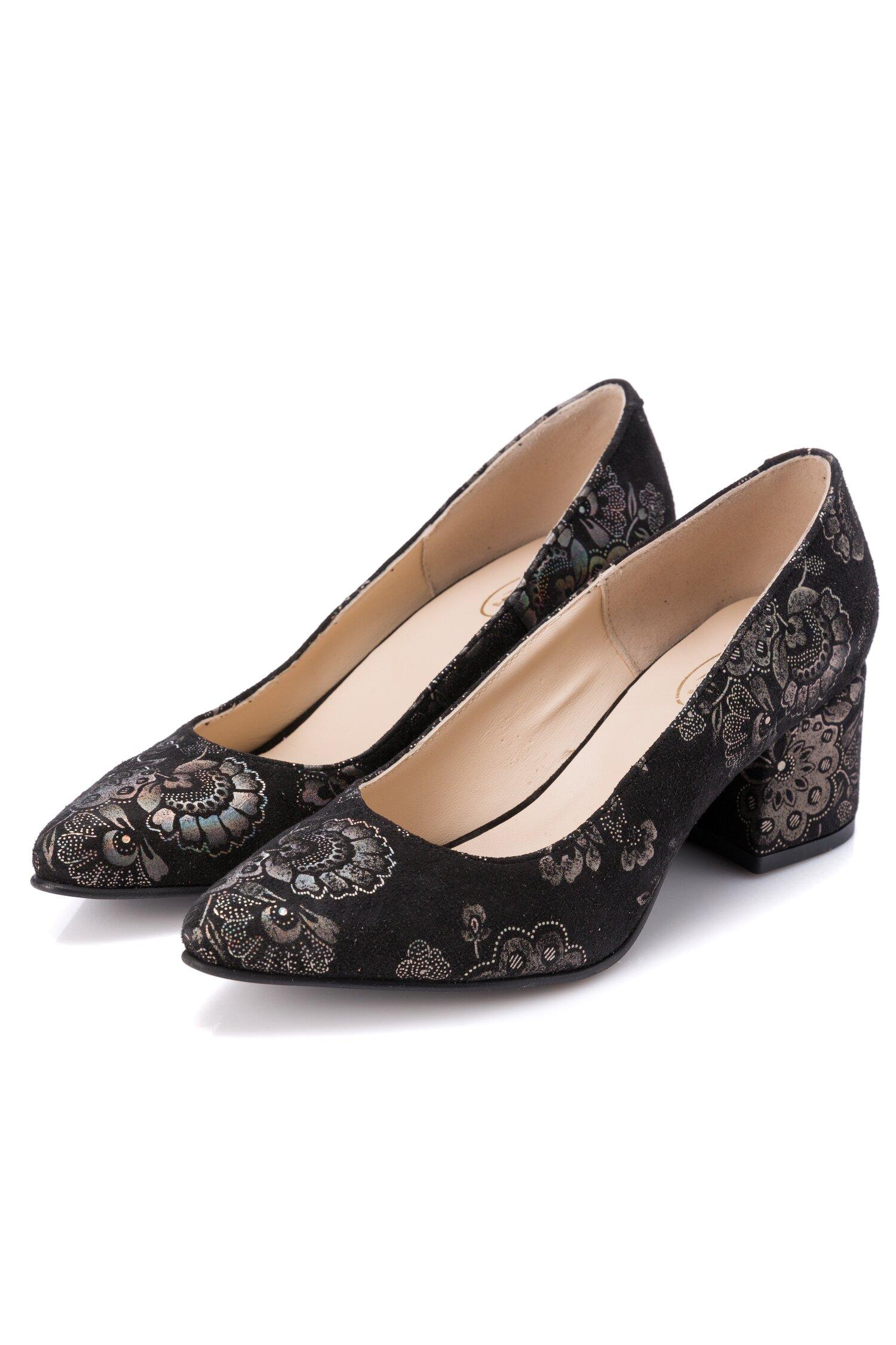 Pantofi Clara negri cu imprimeu floral stralucitor