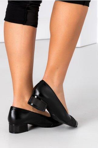 Pantofi dama negri cu insertii si toc jos