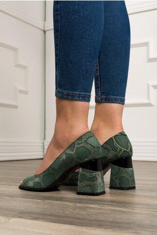 Pantofi decupati verzi cu snake print