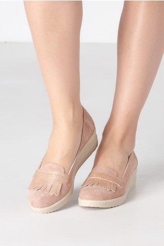 Pantofi Emma bej cu ciucurei si decupaj