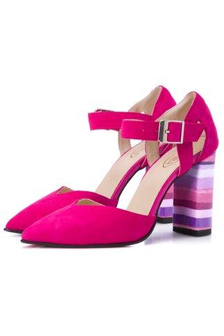 Pantofi fucsia din piele intoarsa cu dungi mov pe toc