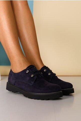Pantofi Lara bleumarin cu detalii argintii pe talpa si inchidere cu sireturi