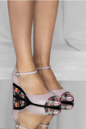 Pantofi lila din piele naturala cu decupaj si talpa ortopedica
