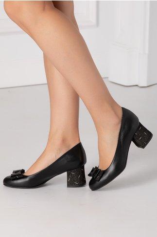 Pantofi negri cu insertii pe toc si fundita in fata